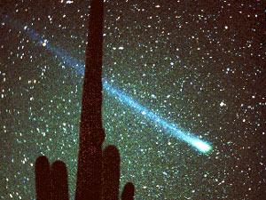 Комета Хиакутаке, появившаяся в 1996 году. Фото из www.college.ru