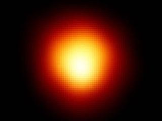 Звезда Бетельгейзе, видимая в телескоп Хаббл