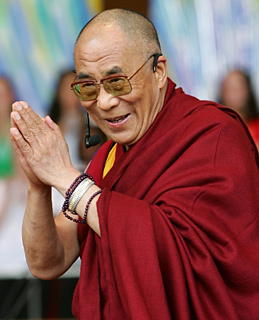 Далай-лама XIV. Фото из сайта http://ruwapa.net/lib/open/32118-dalai-lama-xiv-sostradanie-i-individyalnost.html