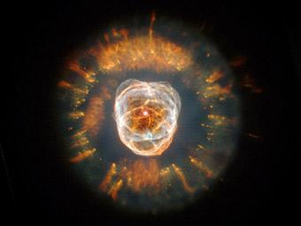 Туманность Эскимос в космический телескоп