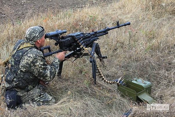 армия Новороссии обстреливает позиции под Дебальцево