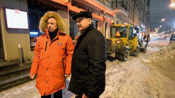 Смольный устроили неожиданную проверку снегоуборки улиц Фрунзенского района
