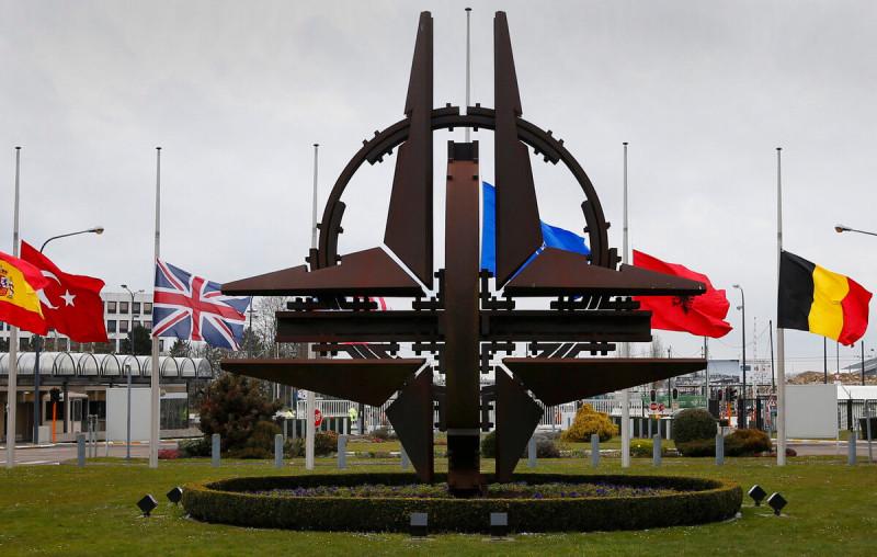 «Москва загнала Брюссель в угол» - аналитики Die Welt о положении НАТО в Европе