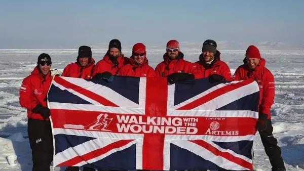 Великобритания тешит имперские амбиции, пытаясь  усилиться в Арктике