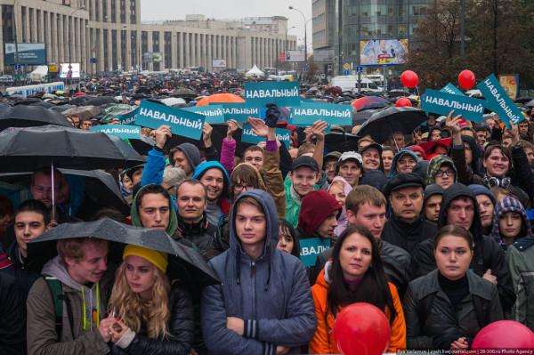 Зачем блогер-неудачник собирает кровь российских детей