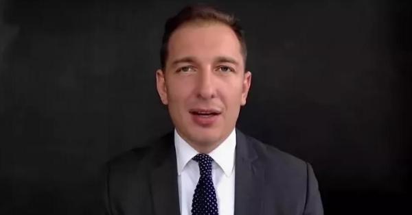 Бывшего директора ФБК засудили за фейки и объявили в федеральный розыск