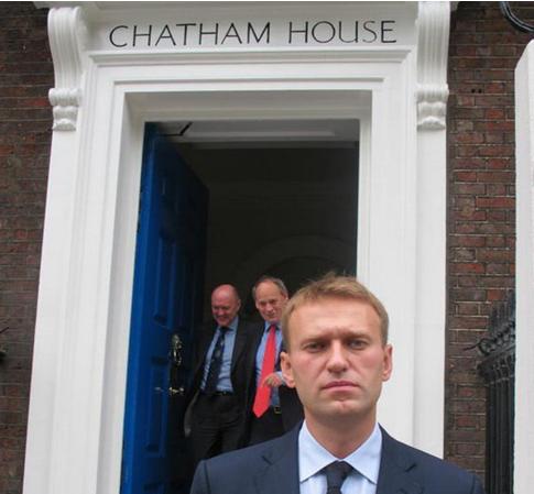 В английском интервью Навальный ратует за экономический развал России