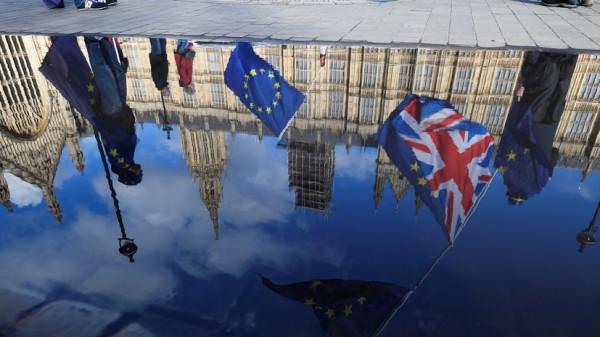 Франция не допускает проволочек по Брекситу