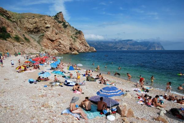 Крым в ТОП-10: полуостров попал в список самых излюбленных мест отдыха россиян