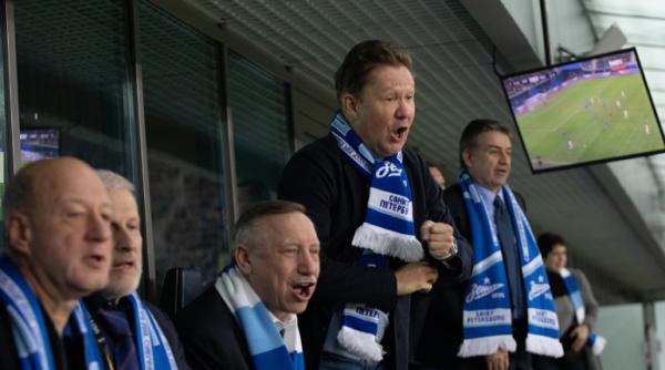 Смольный выходит на просторы «Вконтакте»: страничка врио губернатора собирает друзей