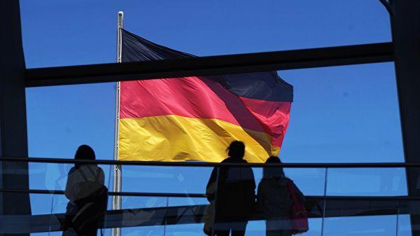 Депутат Бундестага предложил отменить антироссийские санкции, введенные из-за Крыма