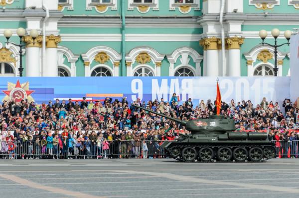 9 мая в городе-герое Ленинграде состоится парад Победы и шествие «Бессмертного полка»
