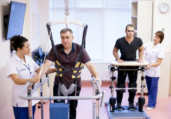 Новая профессия российских медработников – врач-реабилитолог появится в 2020 году