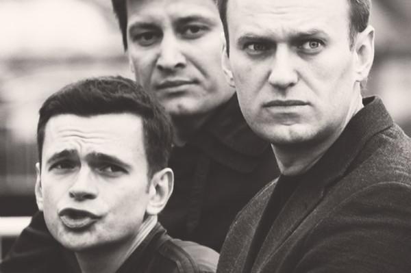 Навальный вновь подставляет  Яшина, теперь на выборах в Мосгордуму