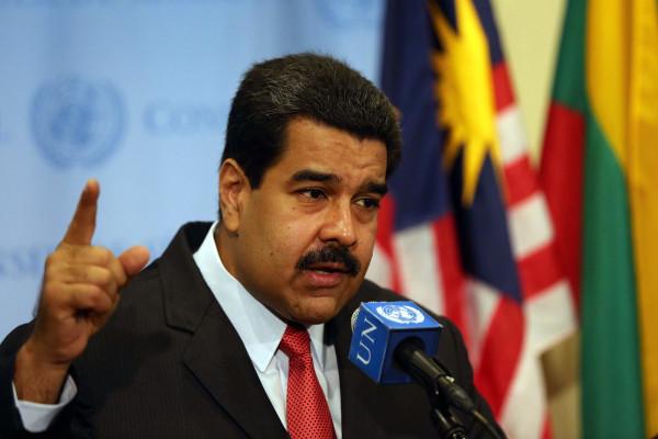 Москва протягивает Каракасу руку помощи и дружбы