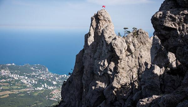 Власти Крыма пригласили начальника Генштаба ВСУ на полуостров в качестве туриста