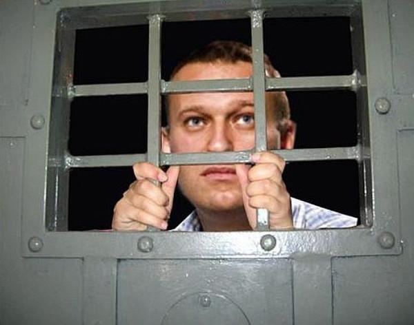 Менее чем за год два десятка миньонов пошли в тюрьму на сроки с легкой руки Навального