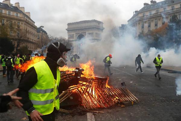 Вся Франция в Париже: новый опасный класс — бедные провинциалы