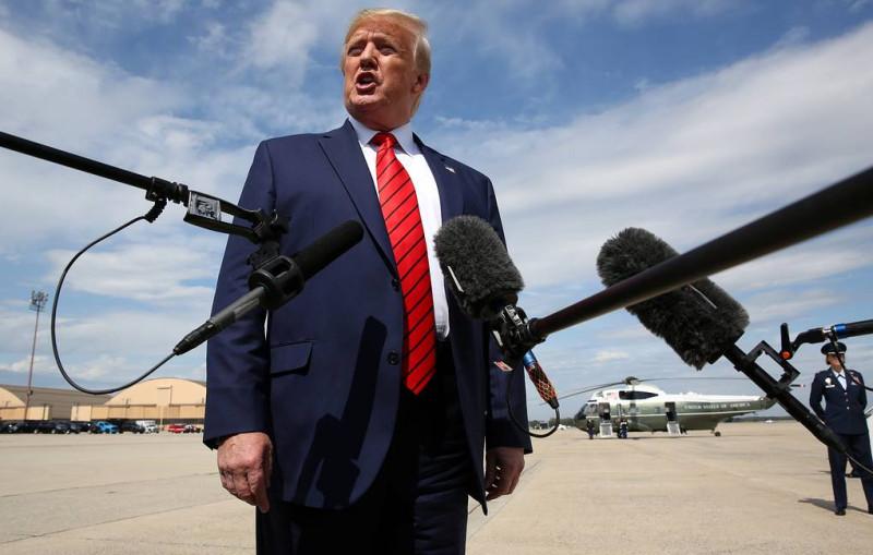 Трамп отказался снять санкции с Ирана в обмен на встречу
