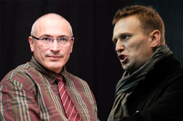 Смертельная битва Ходорковского с Навальным – перед кем преклонят колена коммунисты