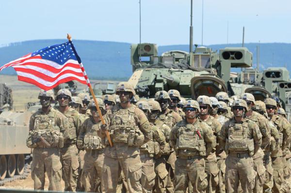 США возвращаются в Сирию, чтобы воровать нефть