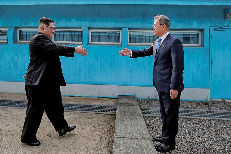 КНДР и Южная Корея объявят об окончании Корейской войны в 2018 году