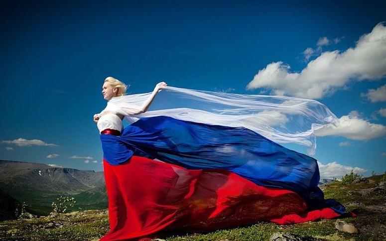США и Северная Корея поздравили россиян с Днем России