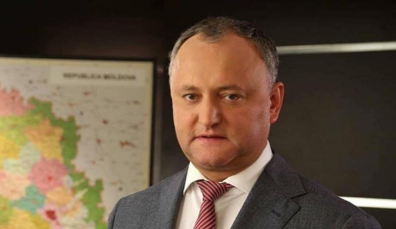 Молдавия в акциях протеста: Додон отказывается от западного курса