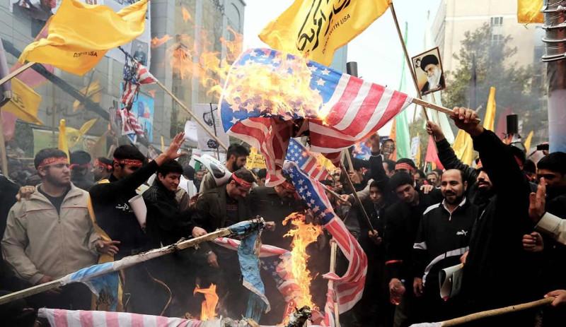 Иран под давлением США: случится ли очередная оранжевая революция на Ближнем Востоке