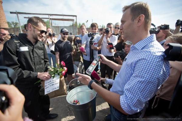 Тюремный срок Навального-младшего  работает в целях самопиара Навального-старшего
