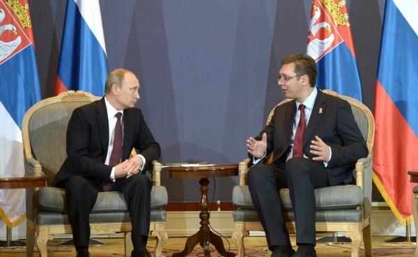 Миротворческая политика Владимира Путина на Балканах поможет сербскому народу