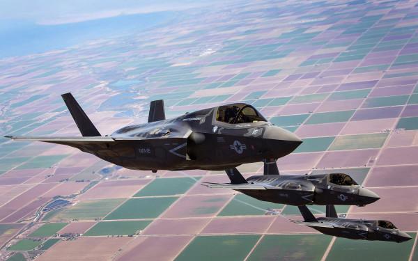 Кто кого: российские ЗРК С-300 против американских истребителей F-35 Lightning II в Сирии