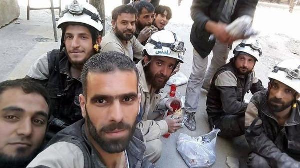 США не хотят участвовать в гуманитарной миссии в Сирии, но продолжают «кормить» местную оппозицию