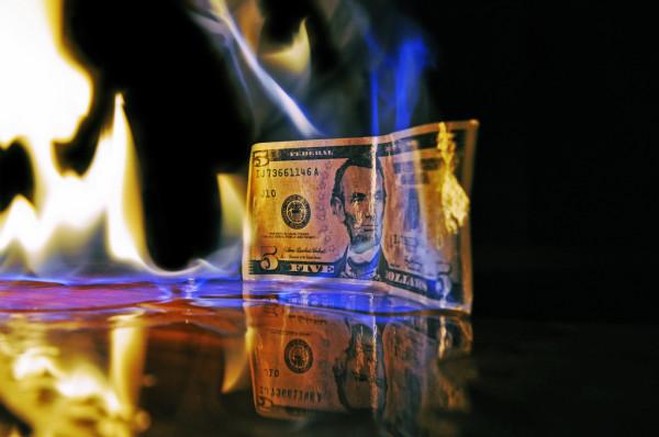 Дедолларизация экономики России, Китая и стран БРИКС убьет финсистему США