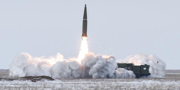 Военные базы США вне американских границ беззащитны против российских ракет