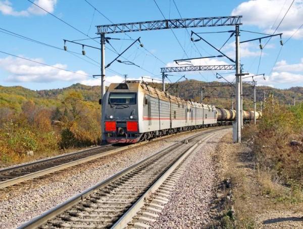 Япония рассчитывает возить товары по Транссибу
