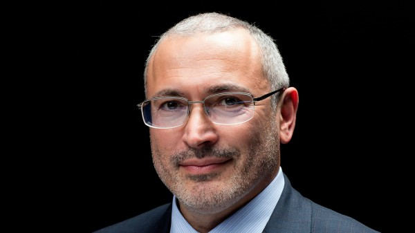 «Новая» выгораживает Ходорковского, отмазывая его в деле об убийстве российских журналистов в ЦАР
