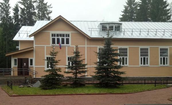 В Курортном районе СПб расширят сороковую больницу и выстроят новую музыкальную школу