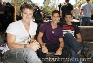 Teen Choice Awards 2010 - Página 4 S320x240