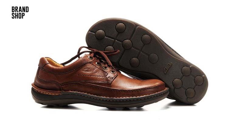 465cbd9b5 «Обувь была чрезвычайно успешной с ее уникальным асимметричным дизайном», -  сказала Тара Макрей, старший вице-президент по маркетингу и электронной ...