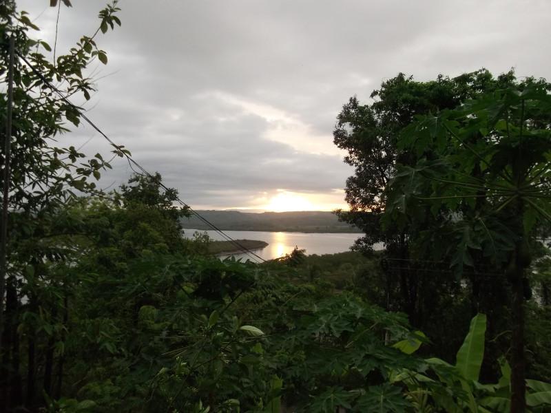 Рассвет над рекой Тереколь
