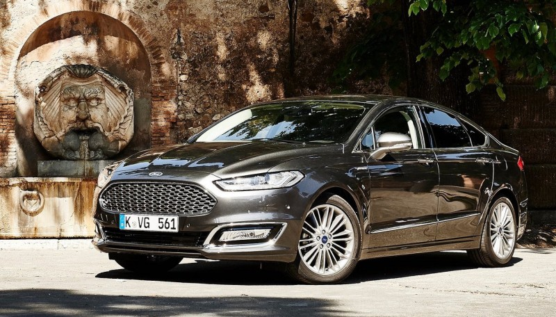 2017-Ford-Mondeo