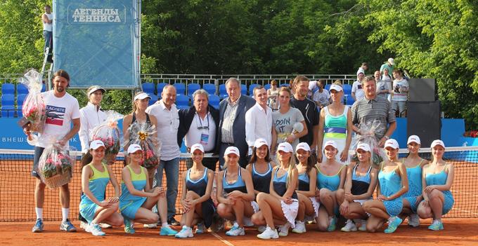 1371423247_b_legendy-tennisa-foto-na-pamjat