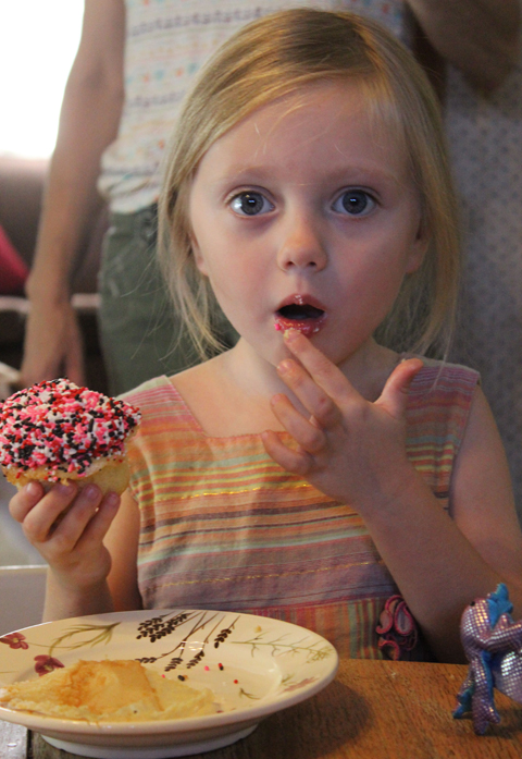 Kellar and cupcake