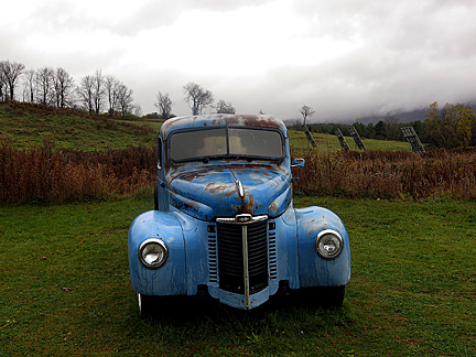 Blue truck Vt web
