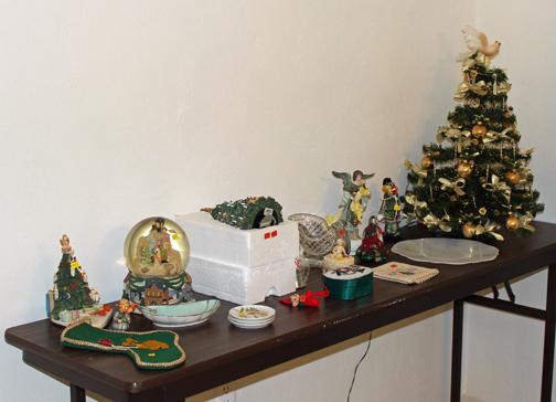 Fl garage sale Christmas