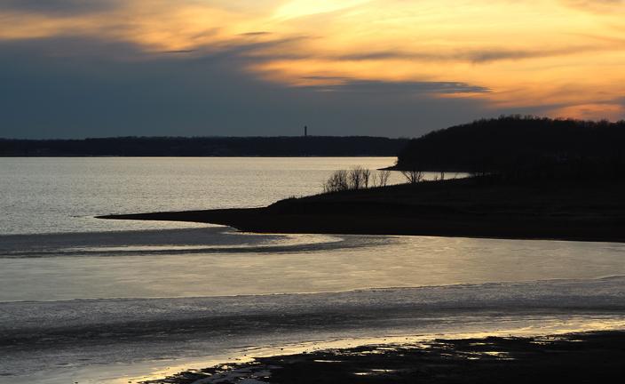 jan 7 sunset 4 Clinton lake_edited-1