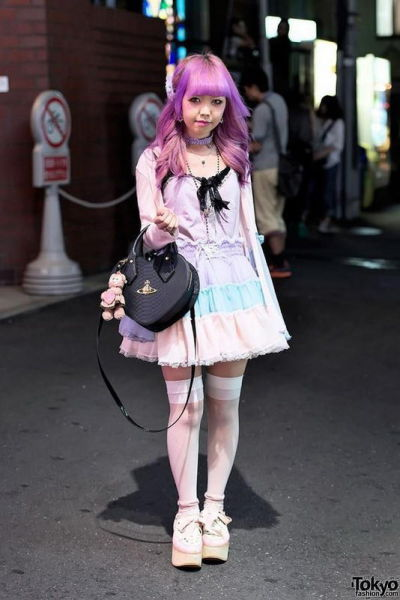 fashion_forward_people_spotted_on_the_streets_of_tokyo_640_03