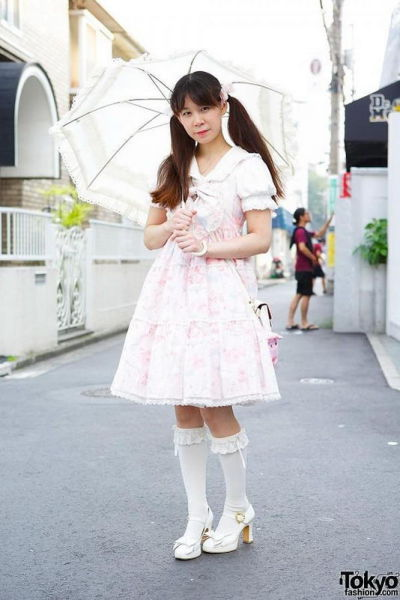 fashion_forward_people_spotted_on_the_streets_of_tokyo_640_10