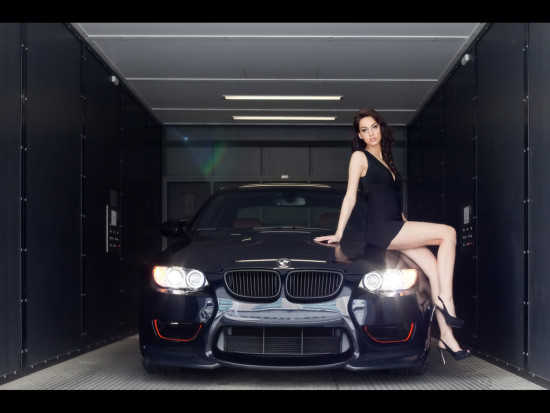 Cars-or-Girls-BMW-pick-up-girls-BIMMERTIMES.550x413x50